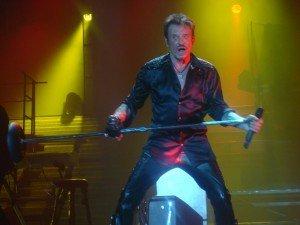 Johnny HALLYDAY a enflammé l'arena de MONTPELLIER hier soir... dans johnny DSC082811-300x225